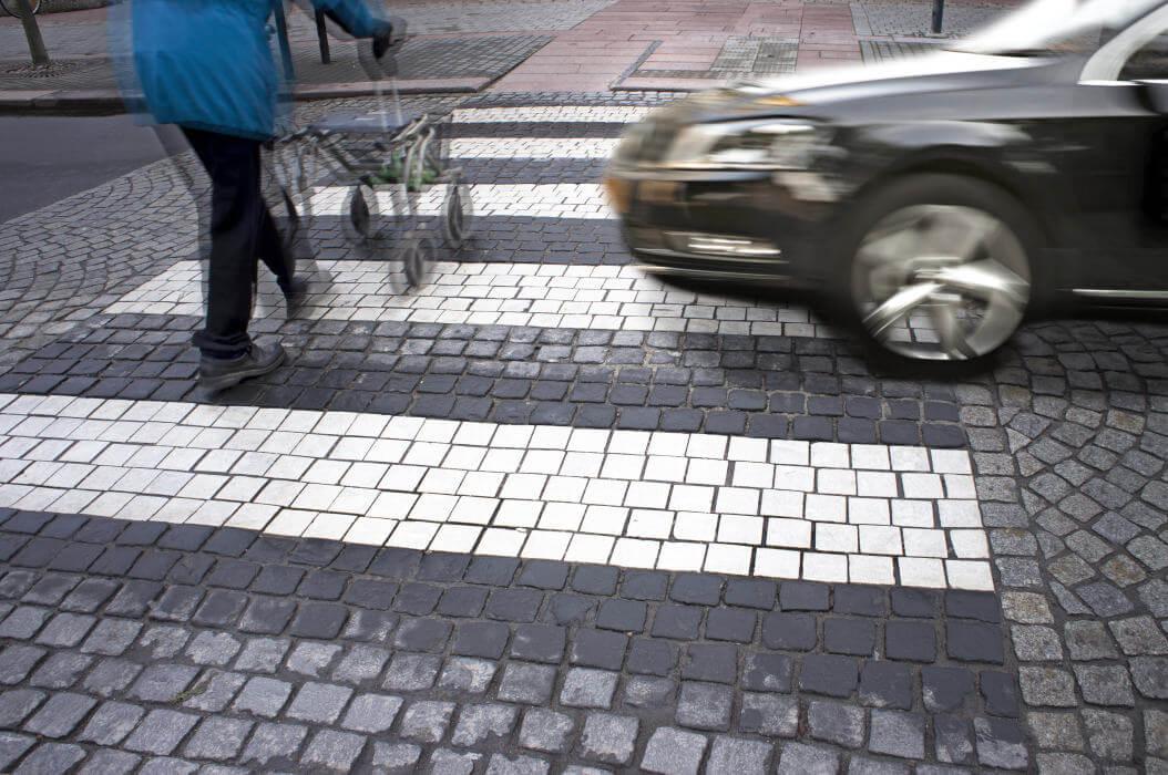 közúti baleset zebra